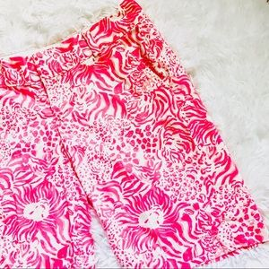 LILLY PULITZER • Pink Get Spotted Chipper Shorts